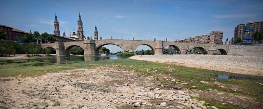 ebro che - La C.H.E. lleva vigilando la cuenca del Ebro desde hace 84 años