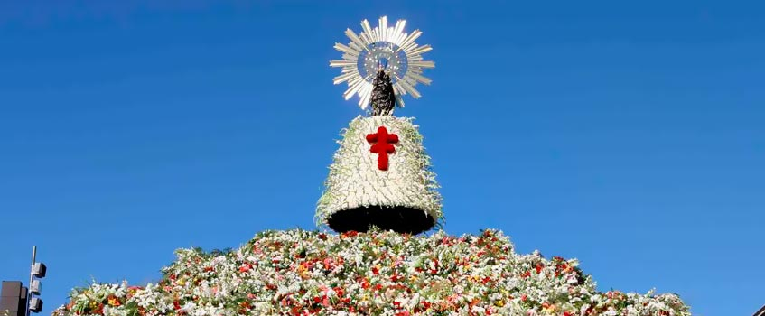 ofrenda flores - La Virgen del Pilar, una devoción arraigada en el corazón de Aragón