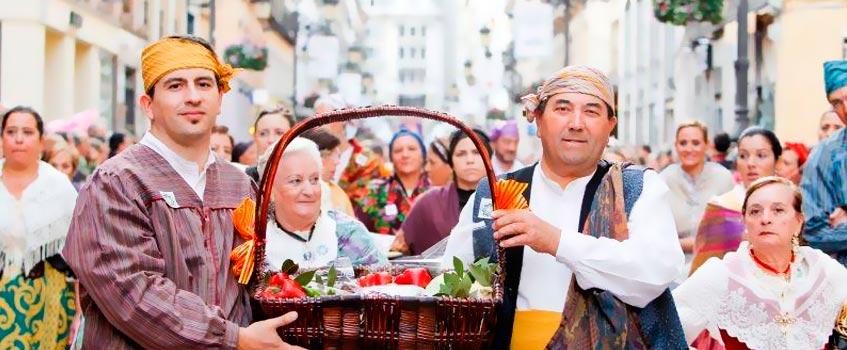 ofrenda frutos - Ofrenda de Frutos: El turno de las Casas Regionales en las fiestas...