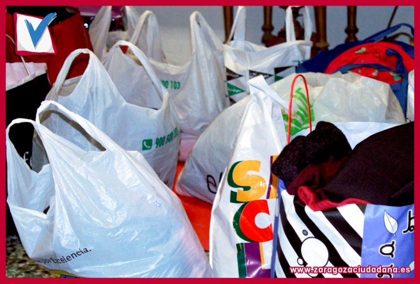 008 Día3 847x573 - Campaña de recogida de juguetes y ropa de Zaragoza Ciudadana