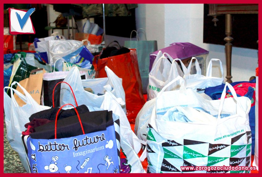 009 Día3 847x573 - Campaña de recogida de juguetes y ropa de Zaragoza Ciudadana